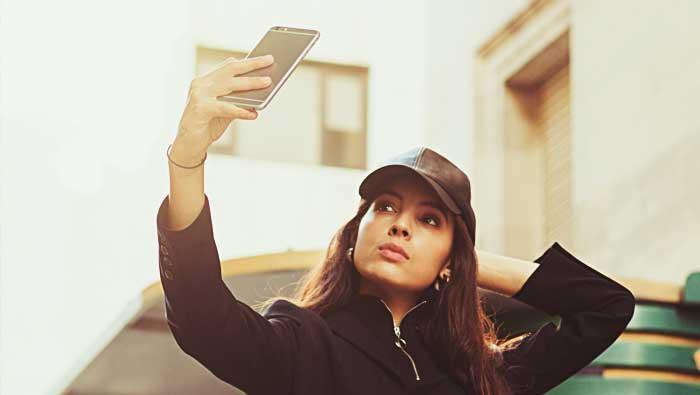 25 poses fotográficas para selfies