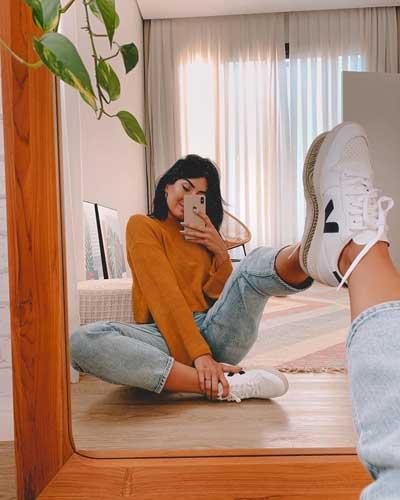 poses para fotos instagram en el espejo