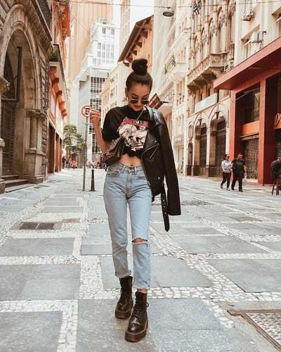 un ejemplo de pose fotografica urbana de pie para mujer